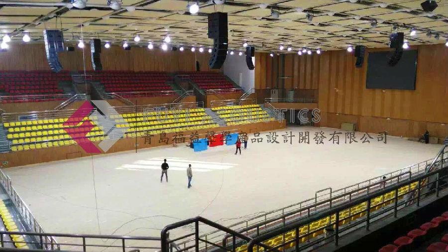 新疆农十三师体育馆